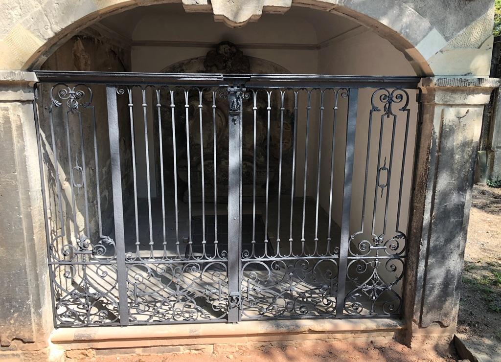 Grufthaus 41, Gitteranlage: Endzustand