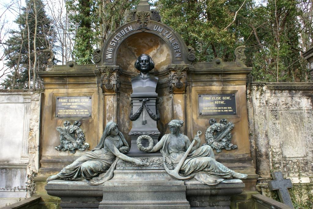 Gehe-Grabmal: Zustand während der Bearbeitung