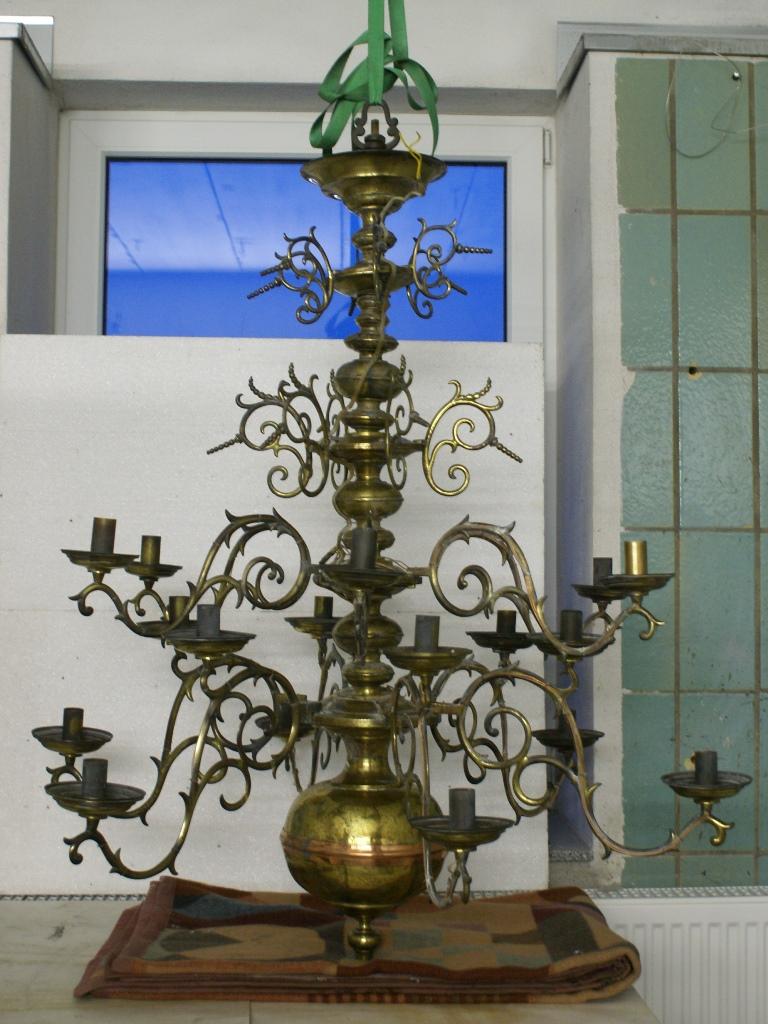 Kronleuchter, Kirche Lieskau: Vorzustand