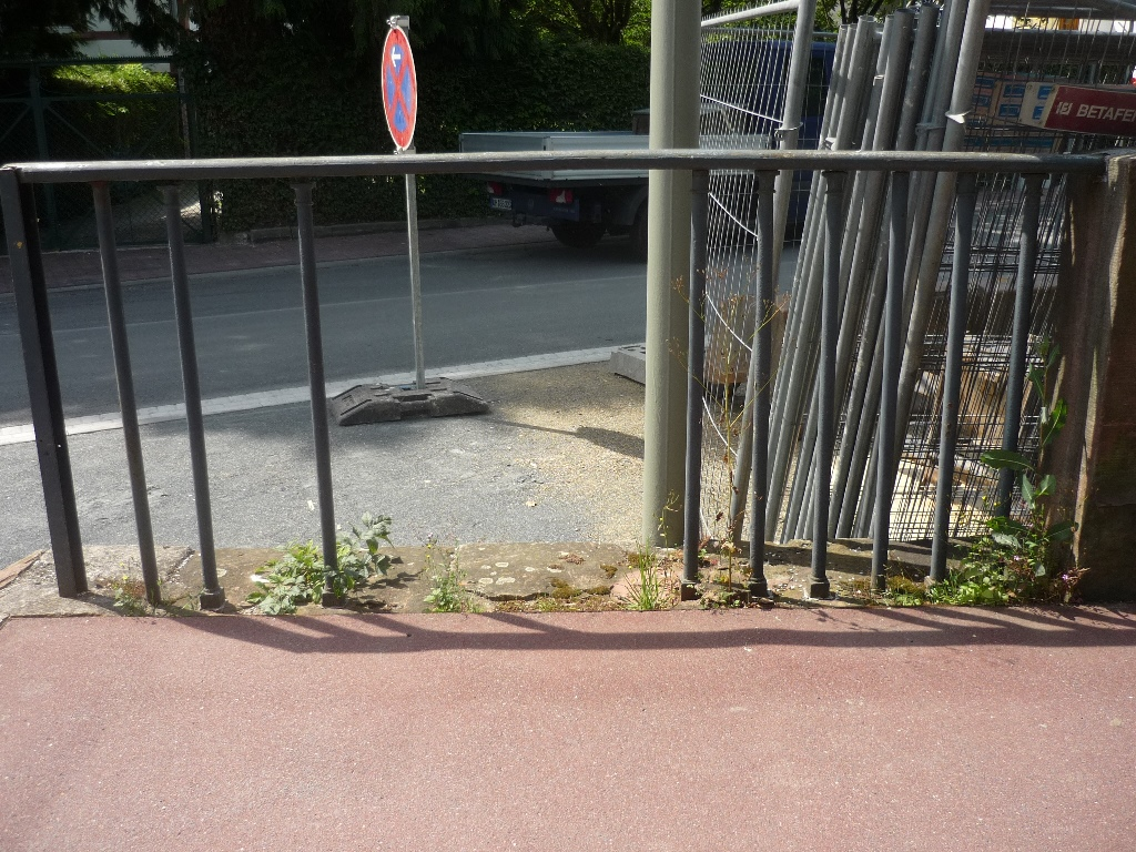 Carolinenbrücke, Geländerfeld 1: Vorzustand