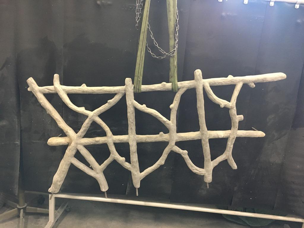Astwerkgitter nachgegossen in Beton