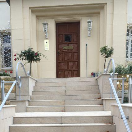 Handlauf und Schlüsselkasten, Privathaus Dresden