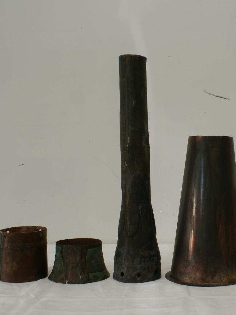 Detailansicht Fahnen-Elemente: Zustand nach der Restaurierung