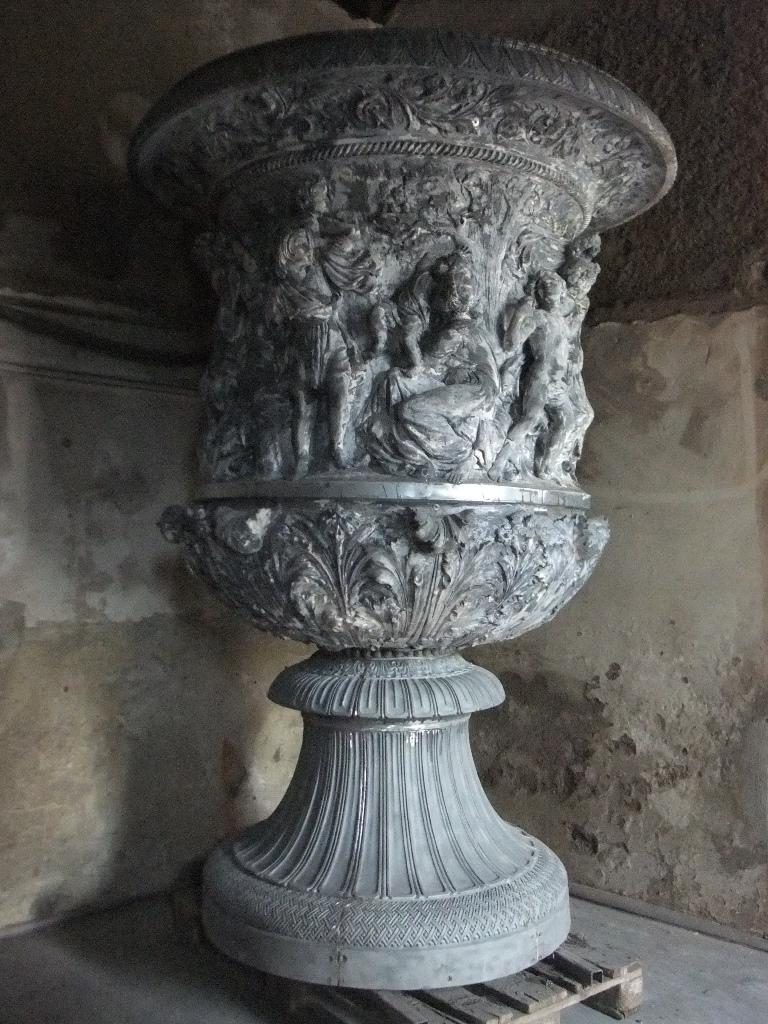 Restaurierte Drake-Vase nach Montage der Einzelelemente