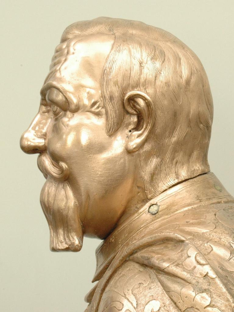 Bronzefigur Johann Georg I., Detailansicht Kopf: Zustand nach der Bearbeitung