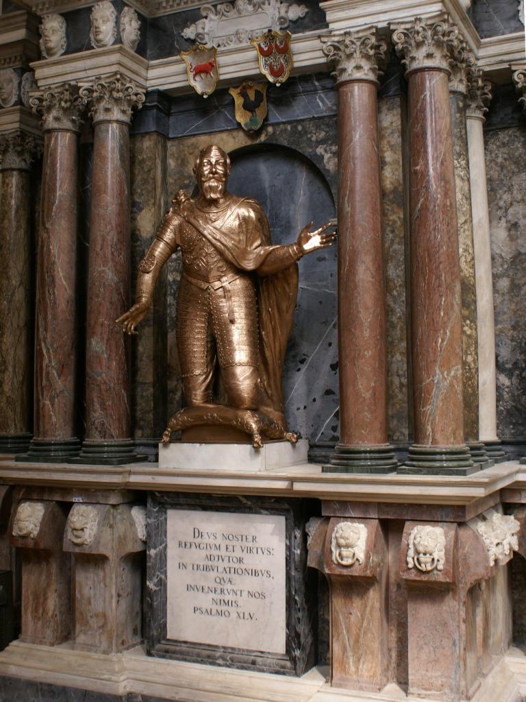 Kurfürstliche Begräbniskapelle Freiberger Dom, Bronzeplastik Johann Georg I.:  Endzustand nach der Bearbeitung