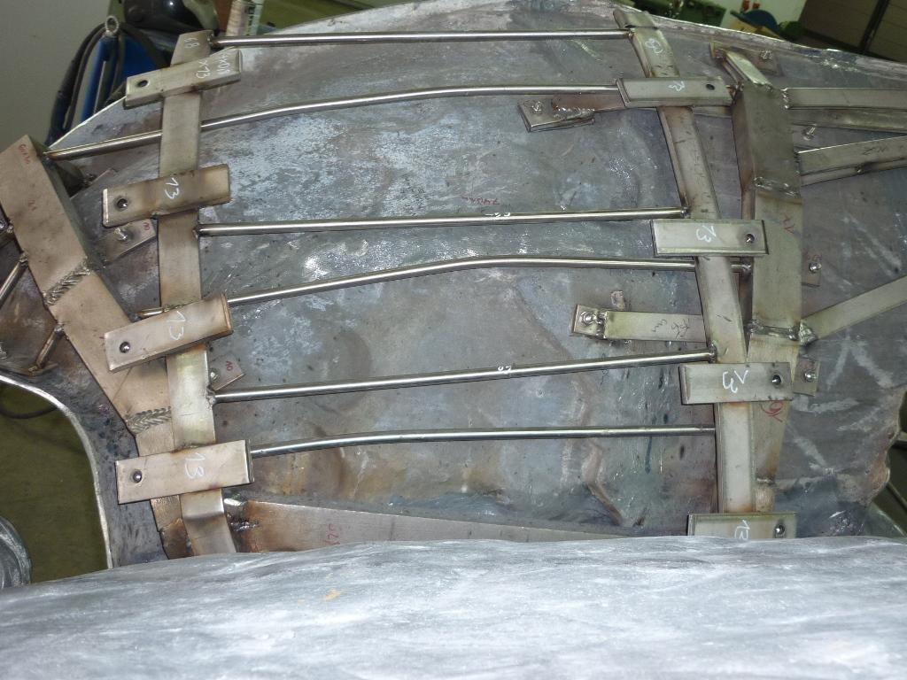 Zinkguss-Plastik Victoria von Leuthen: Einbau des neuen Stützgerüstes aus Edelstahl